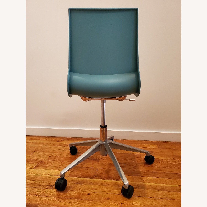 Knoll Max Maran Seafoam Swivel Chair - image-4