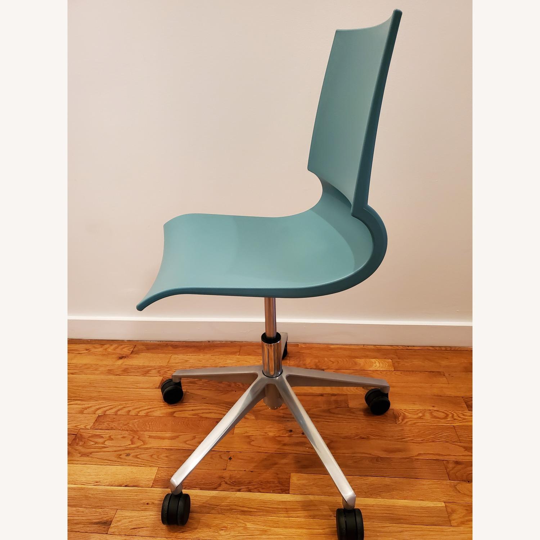 Knoll Max Maran Seafoam Swivel Chair - image-2