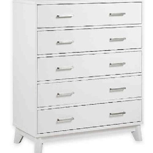 Used Munir Kingsley Wyndham 5 Drawer Dresser for sale on AptDeco