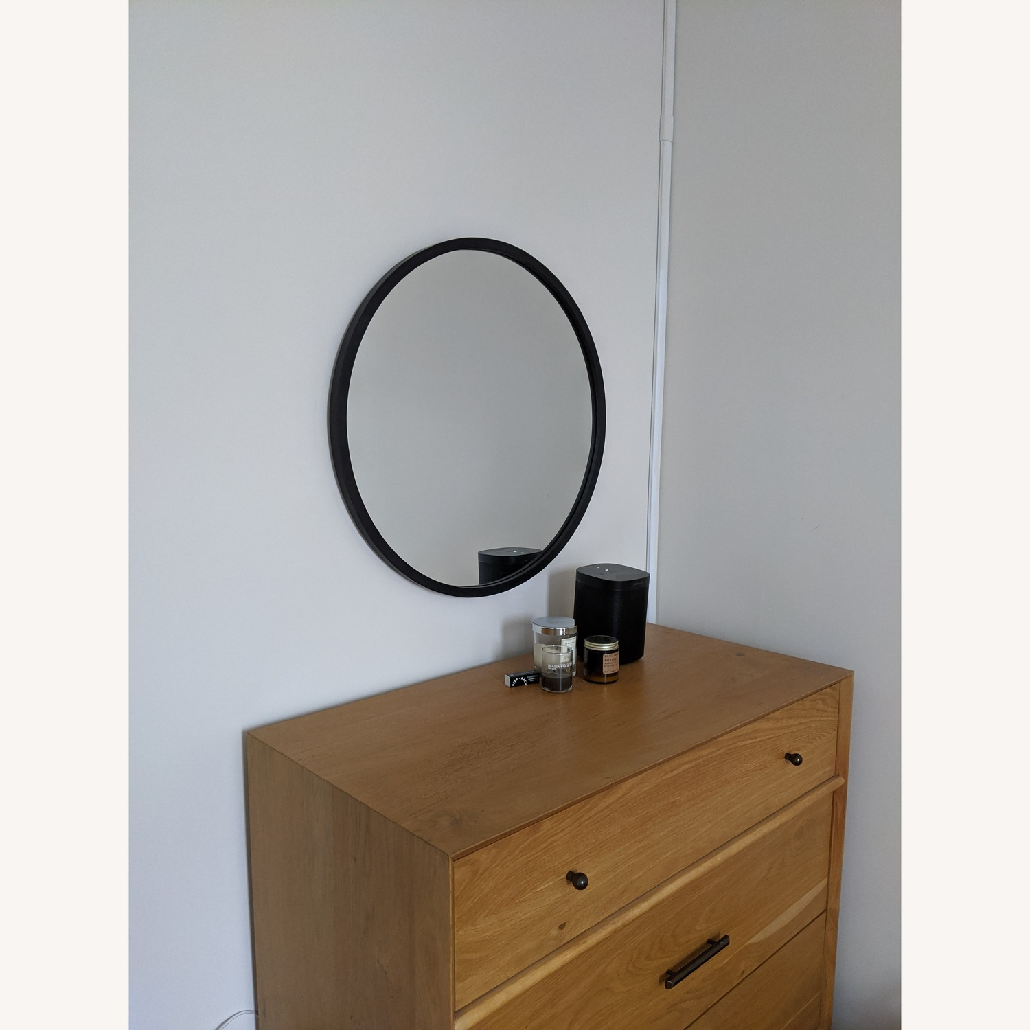 Umbra Hub Modern Accent Mirror