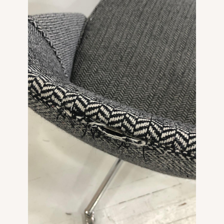Mid Century Knoll Saarinen Style Office Chair - image-3