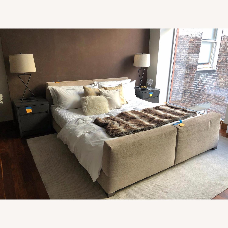 Minotti King Size Bed