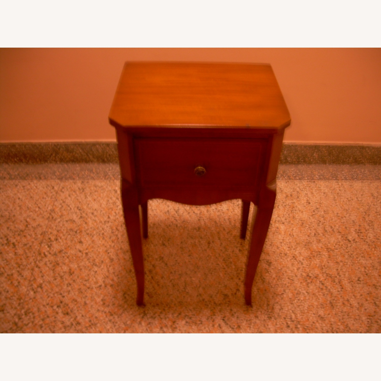 Entrance Stand Table - image-3