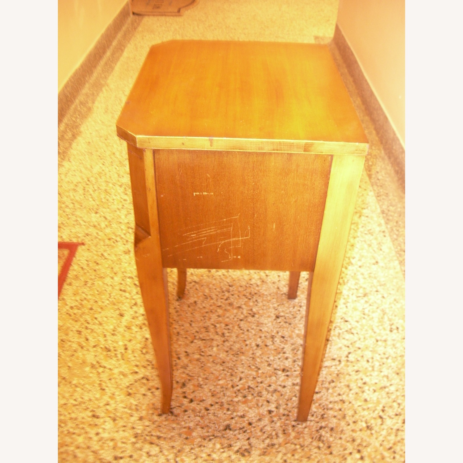 Entrance Stand Table - image-4