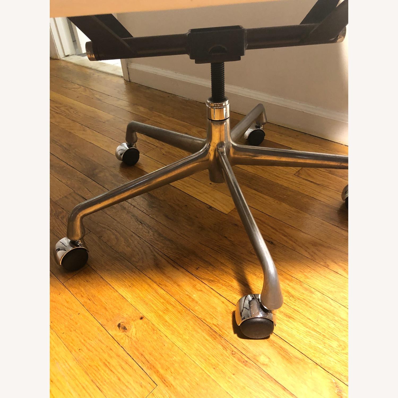 Design Within Reach Eames Aluminum Office Chair