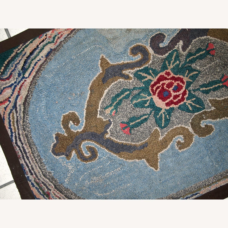 Handmade Antique American Hooked Rug - image-2