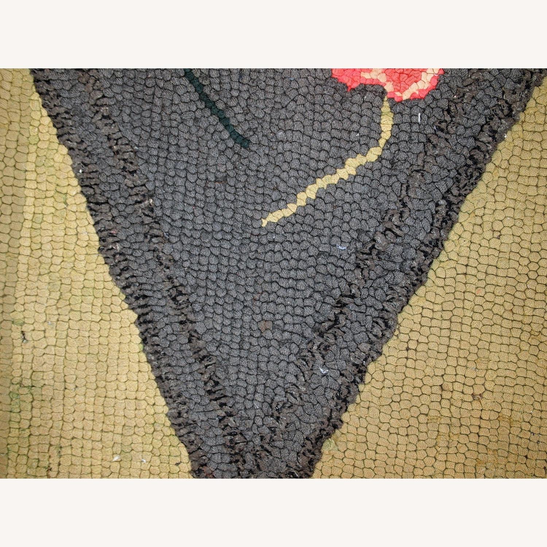 Handmade Antique American Hooked Rug - image-6