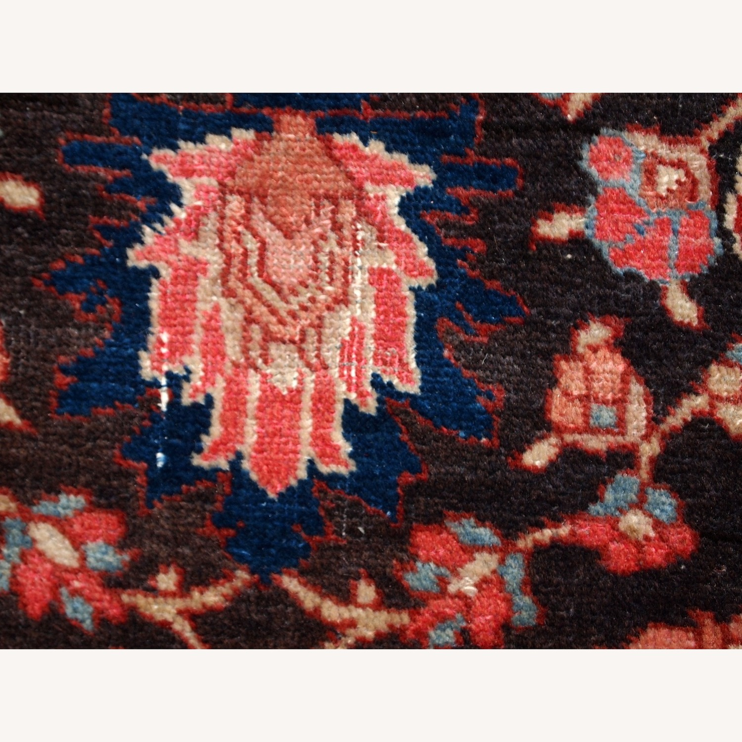 Handmade Antique Persian Bidjar Rug - image-8