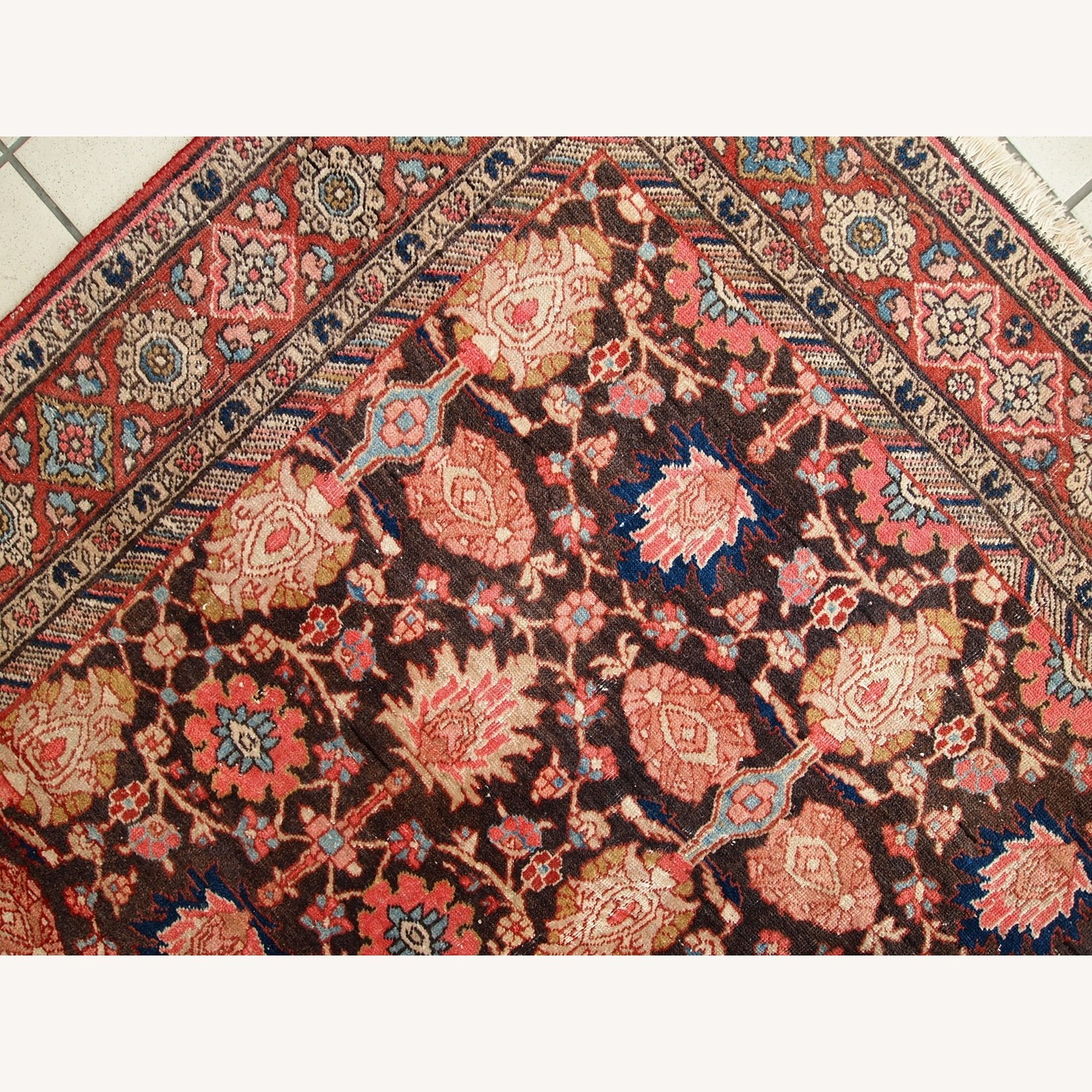 Handmade Antique Persian Bidjar Rug - image-11