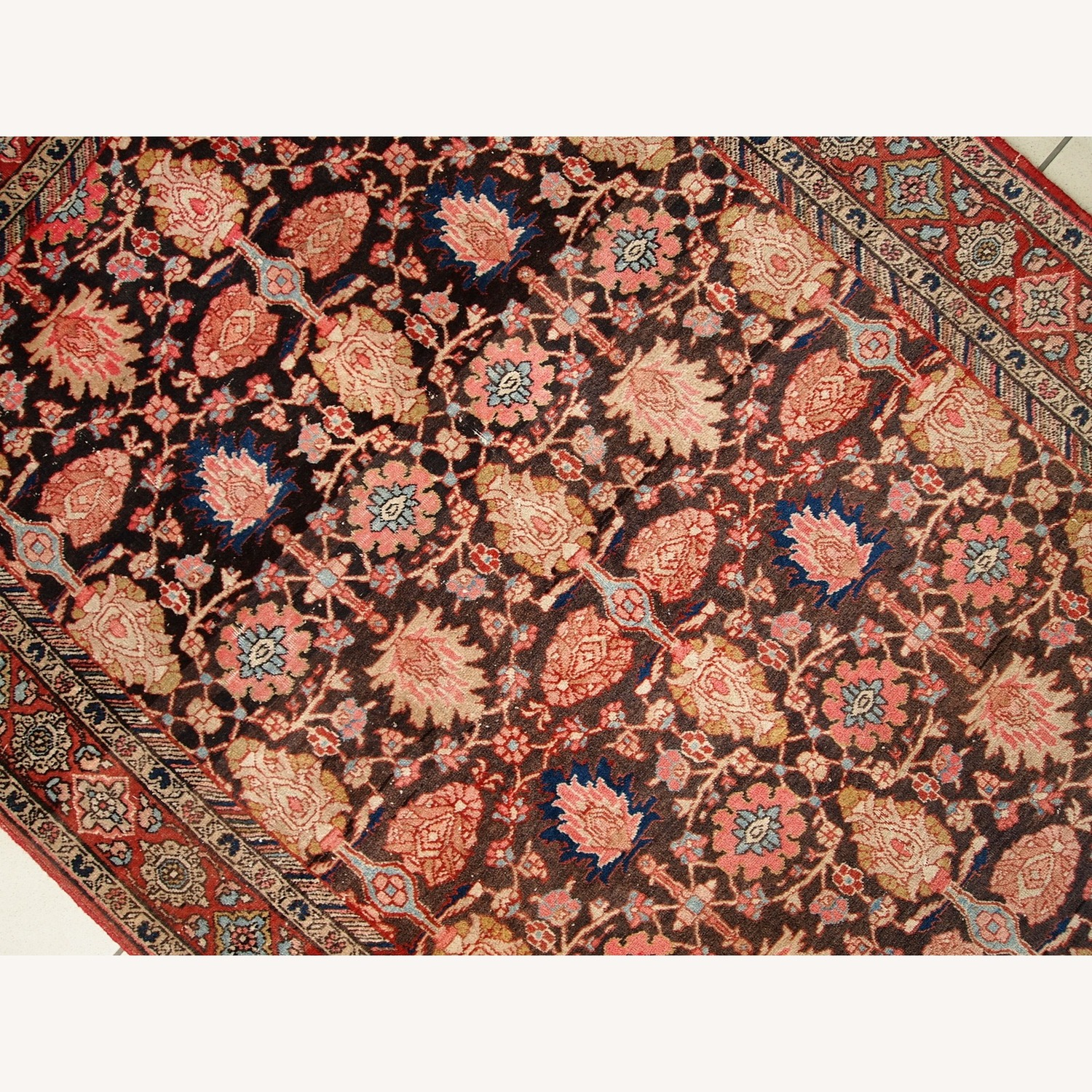 Handmade Antique Persian Bidjar Rug - image-9
