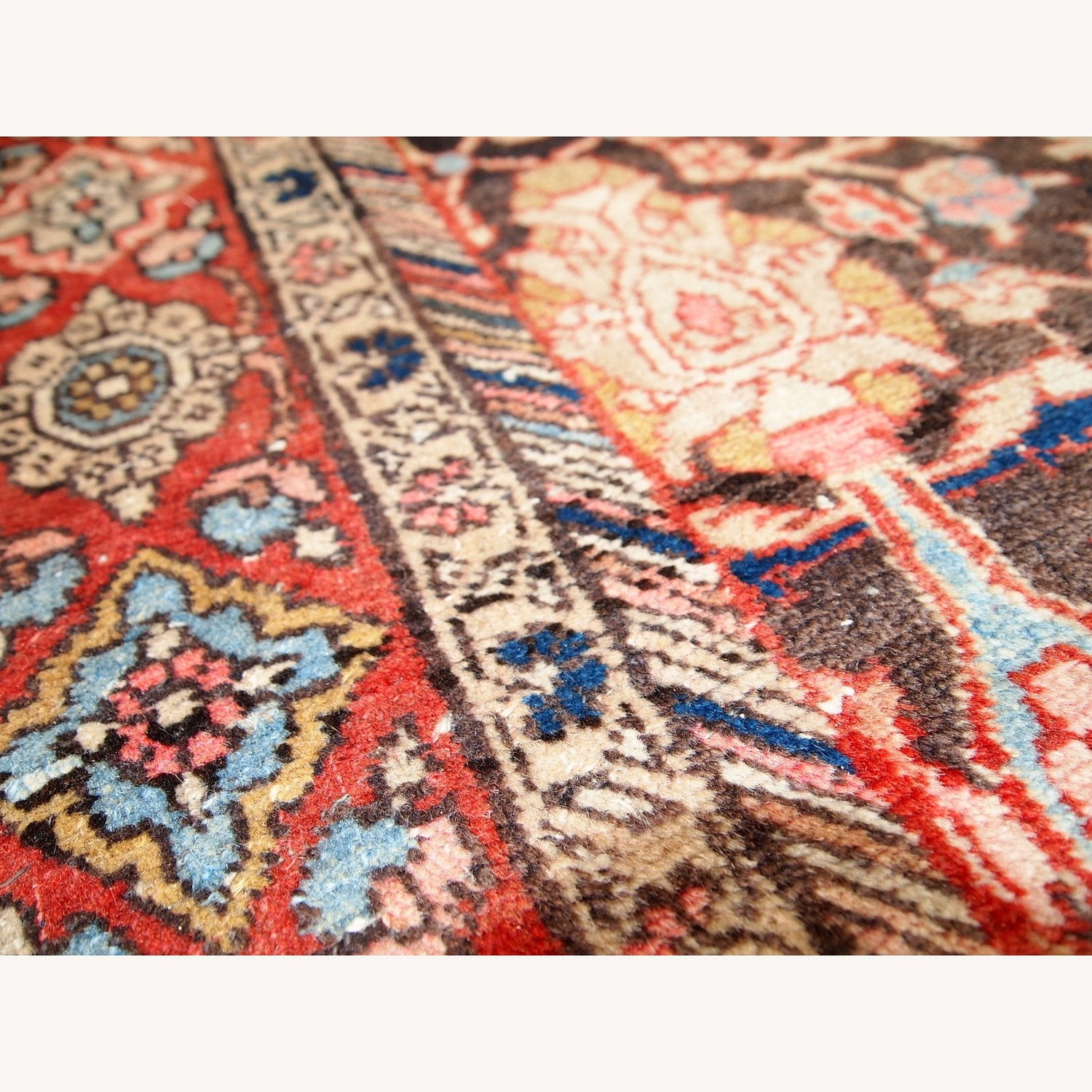 Handmade Antique Persian Bidjar Rug - image-12