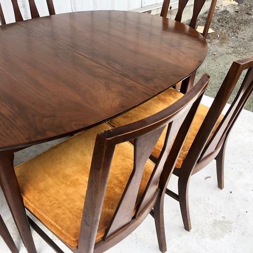 Used Mid-Century Modern Dining  Set for sale on AptDeco