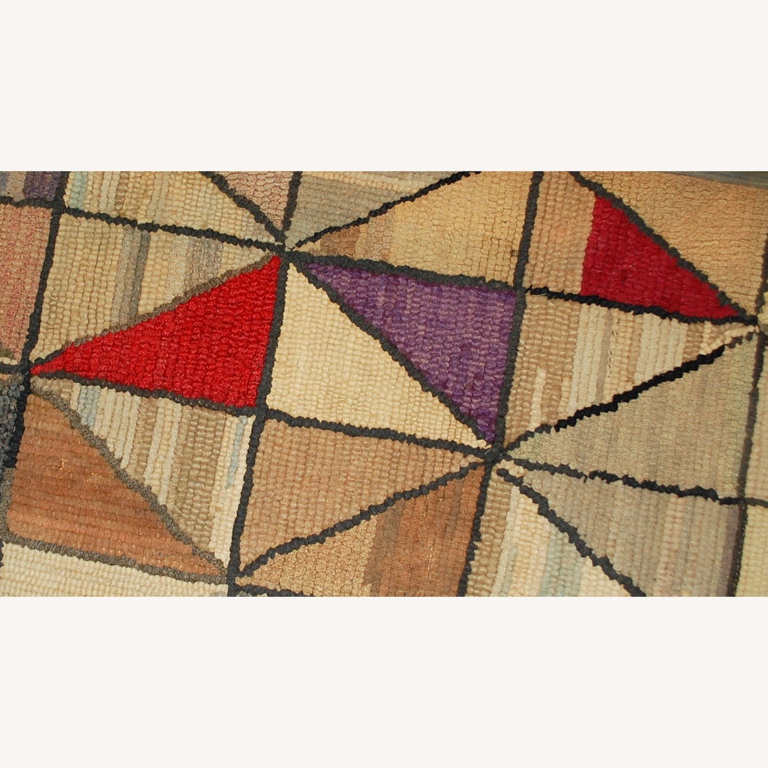 Handmade Antique Square American Hooked Rug - image-3