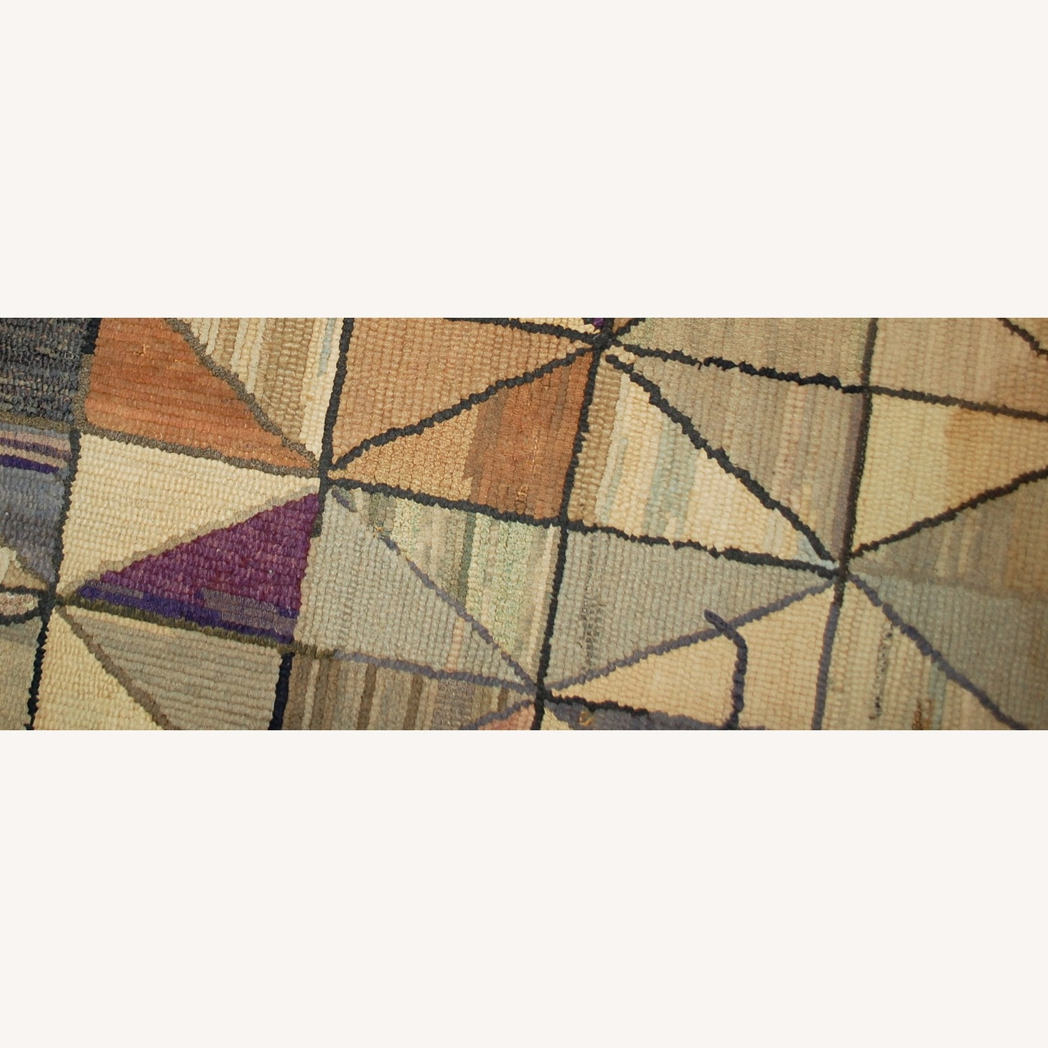Handmade Antique square American Hooked Rug - image-4