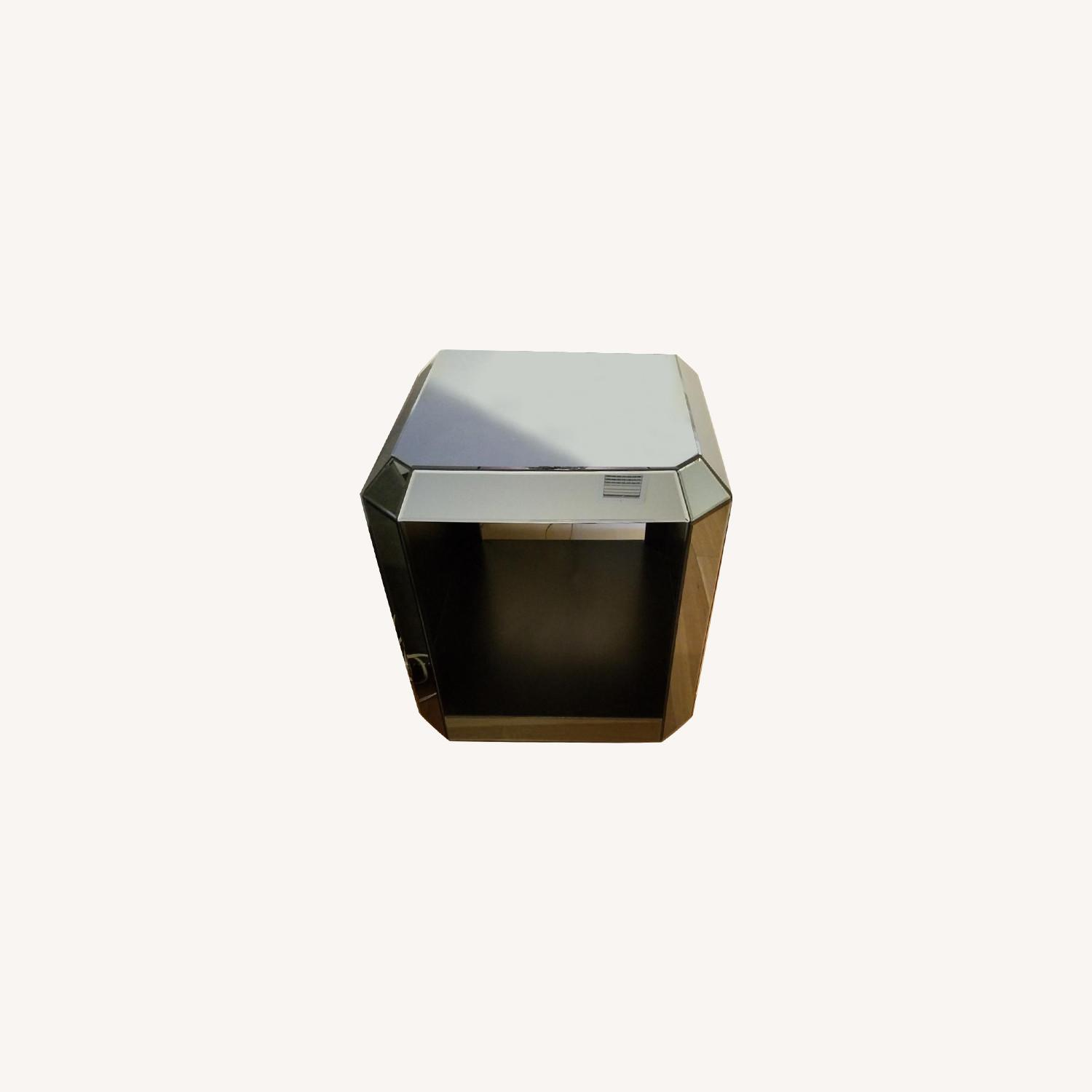 Mirrored End Tables - image-0