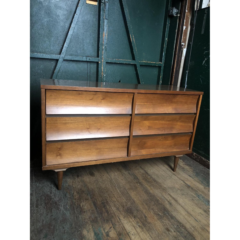 Johnson Carper Mid Century Six Drawer Dresser - image-7
