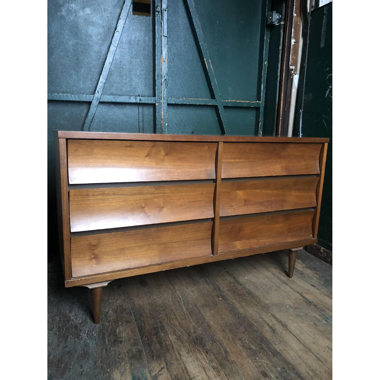 Johnson Carper Mid Century Six Drawer Dresser - image-10