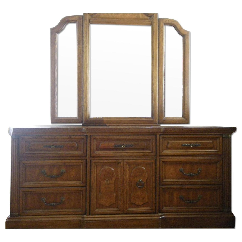 Vintage Oakwood Dresser with Foldable Mirrors - image-0