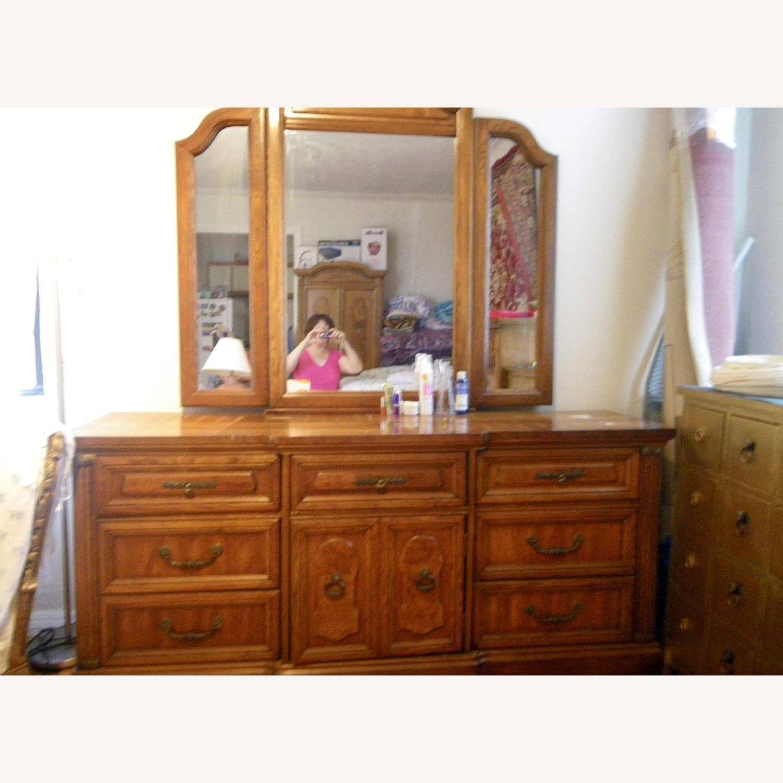 Vintage Oakwood Dresser with Foldable Mirrors - image-8