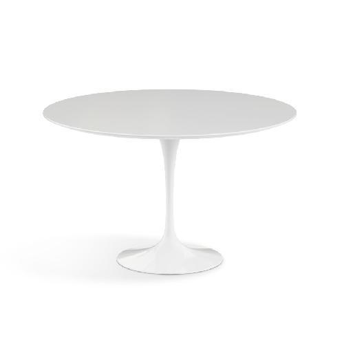 Used White Knoll Saarinen Round Table 47'' for sale on AptDeco
