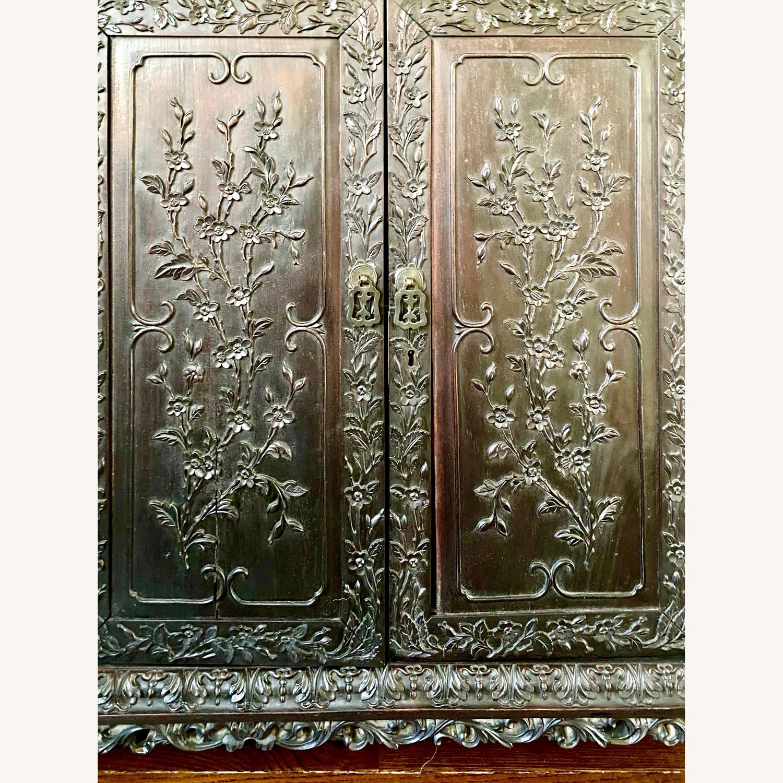 Qing Dynasty Zitan Curio Cabinet - image-9