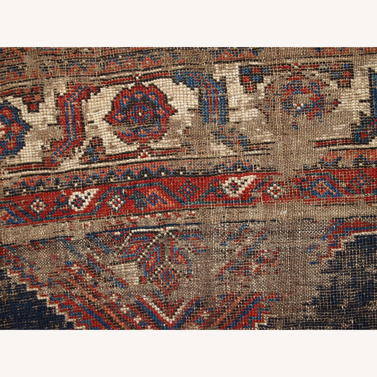Handmade Antique Distressed Persian Shiraz Rug - image-8