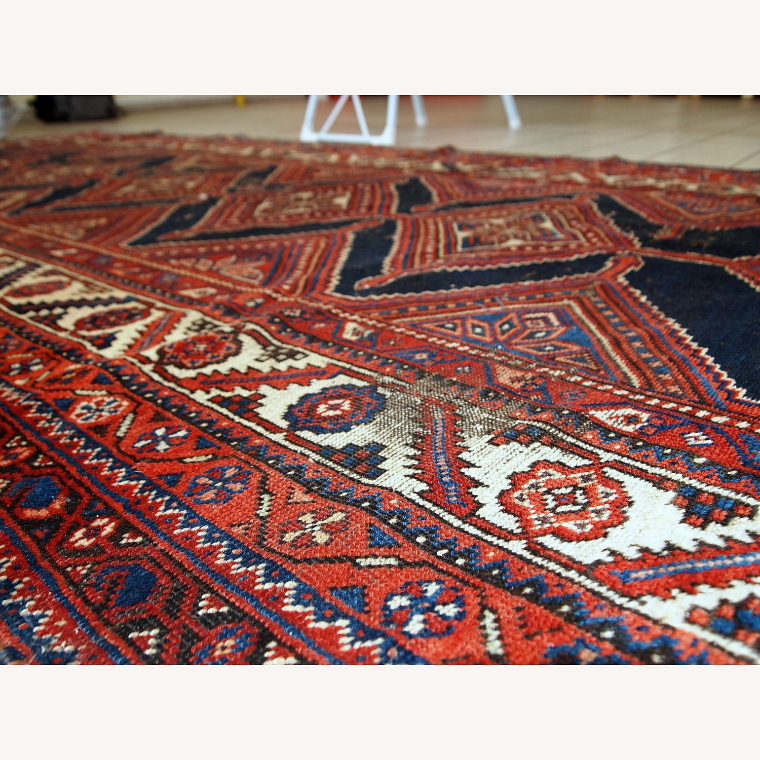 Handmade Antique Distressed Persian Shiraz Rug - image-4