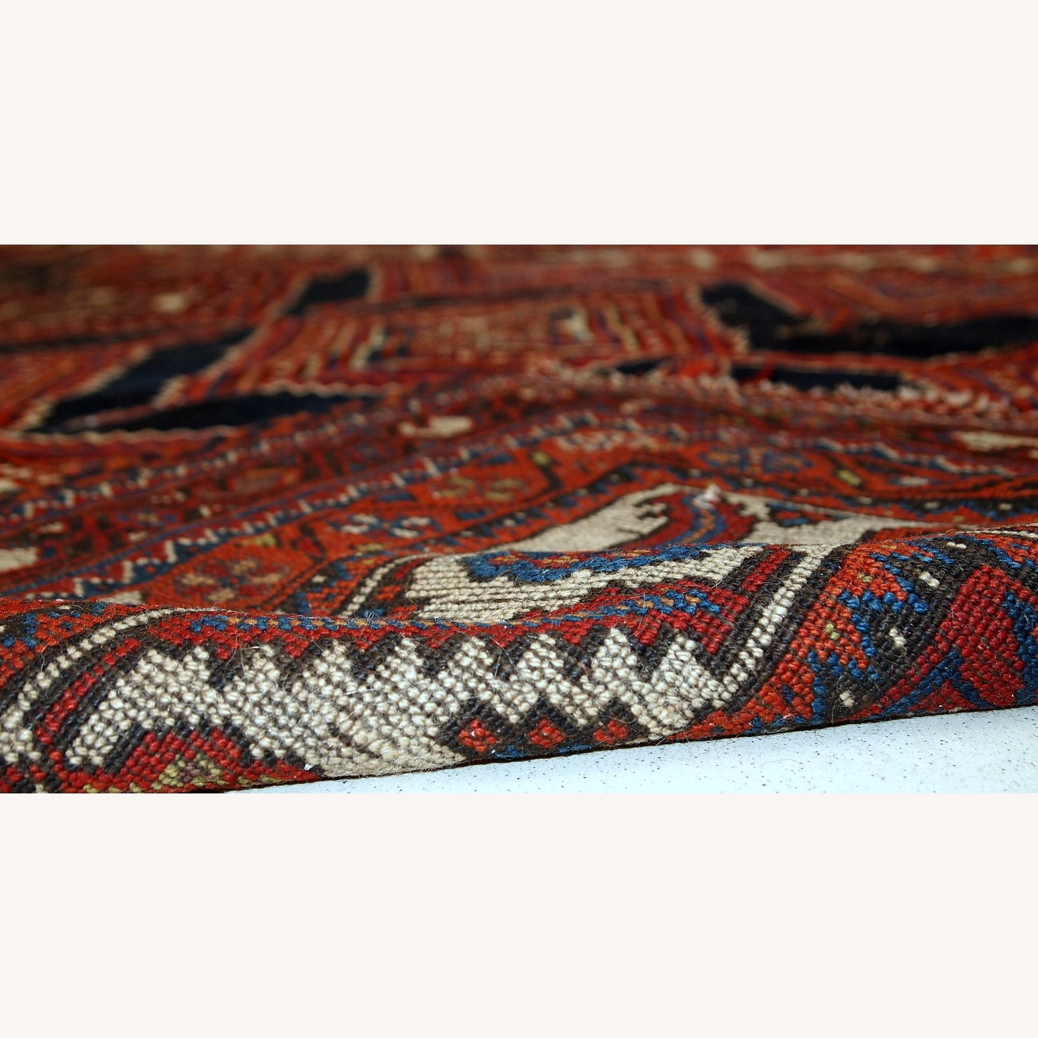 Handmade Antique Distressed Persian Shiraz Rug - image-5