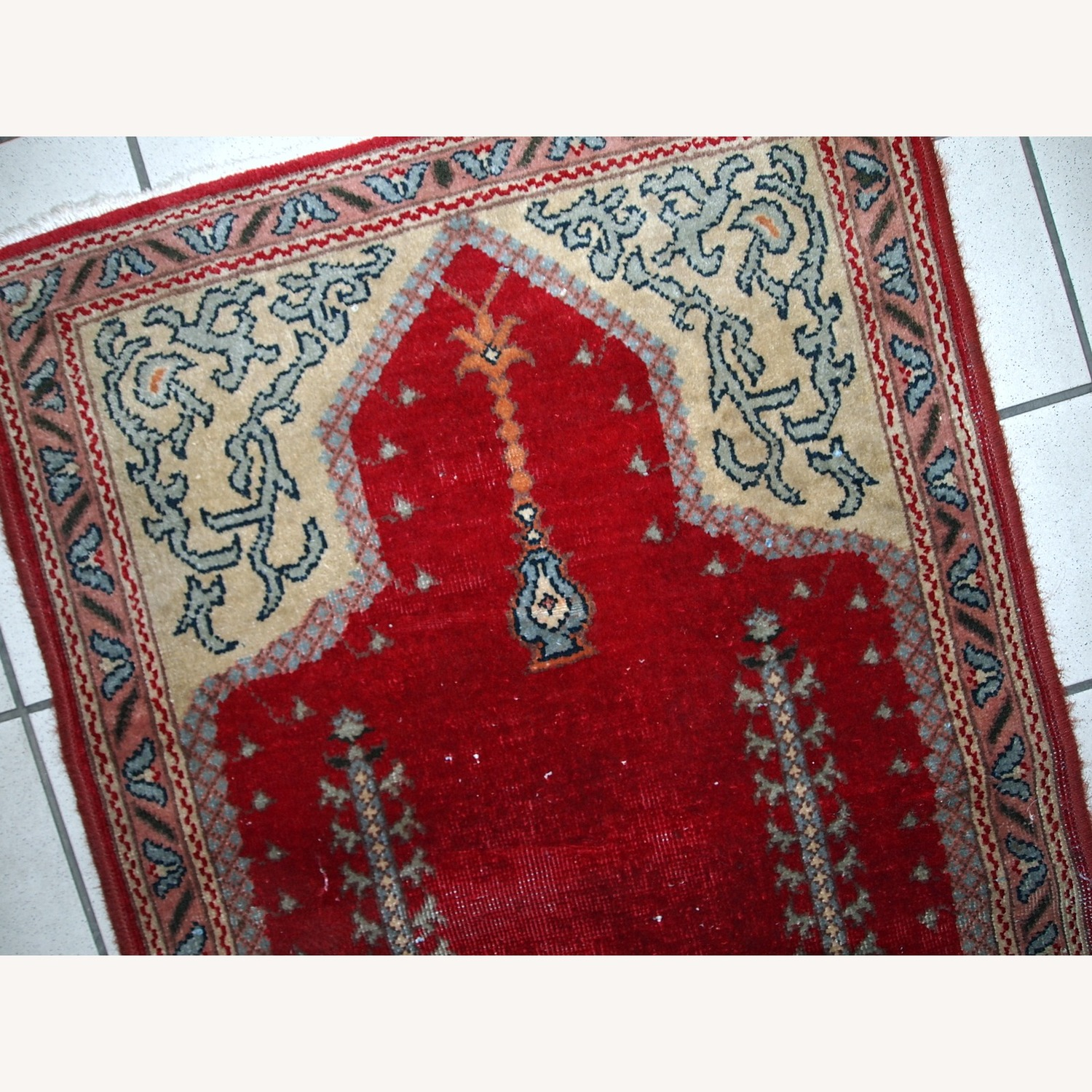 Handmade Antique Turkish Konya Rug - image-9