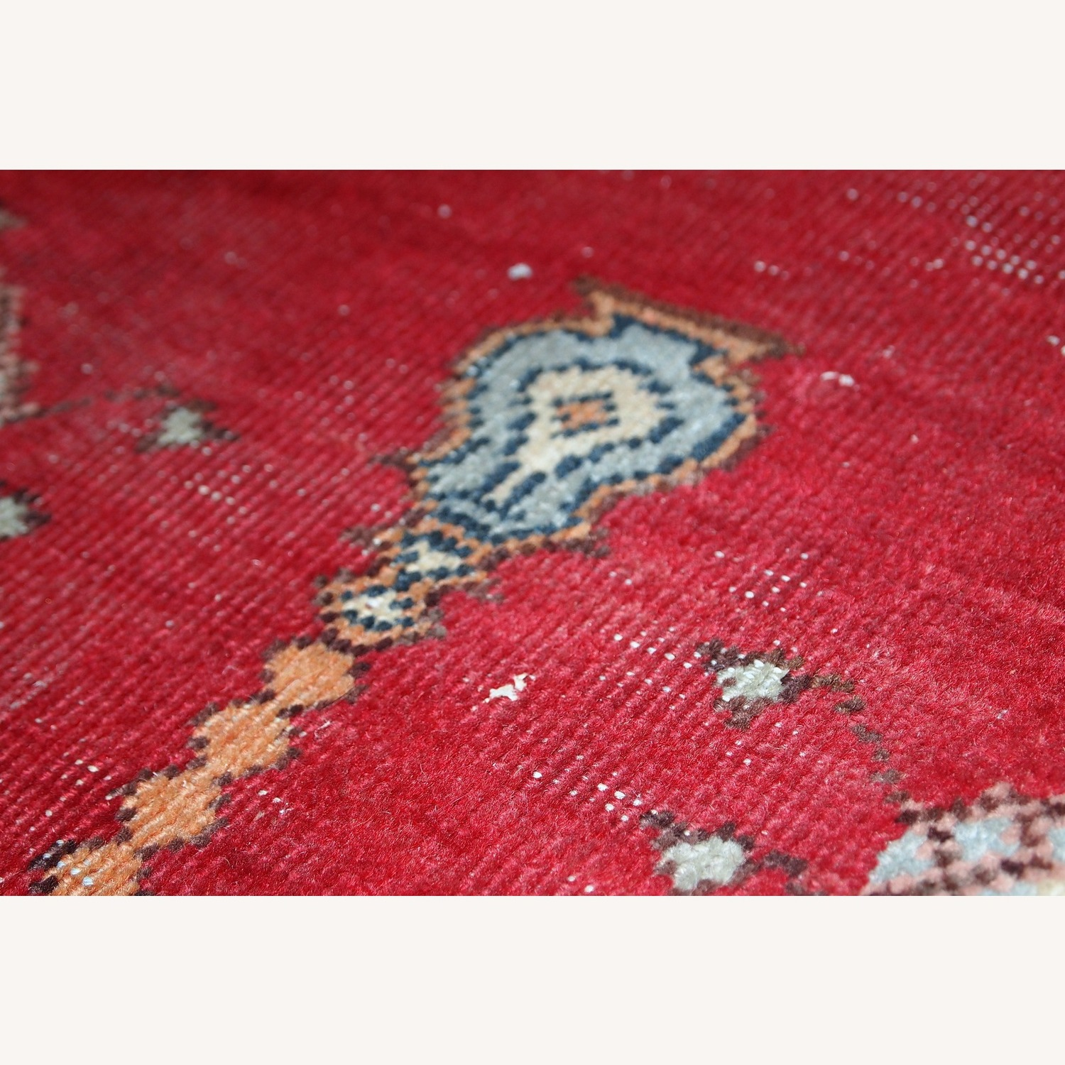 Handmade Antique Turkish Konya Rug - image-5