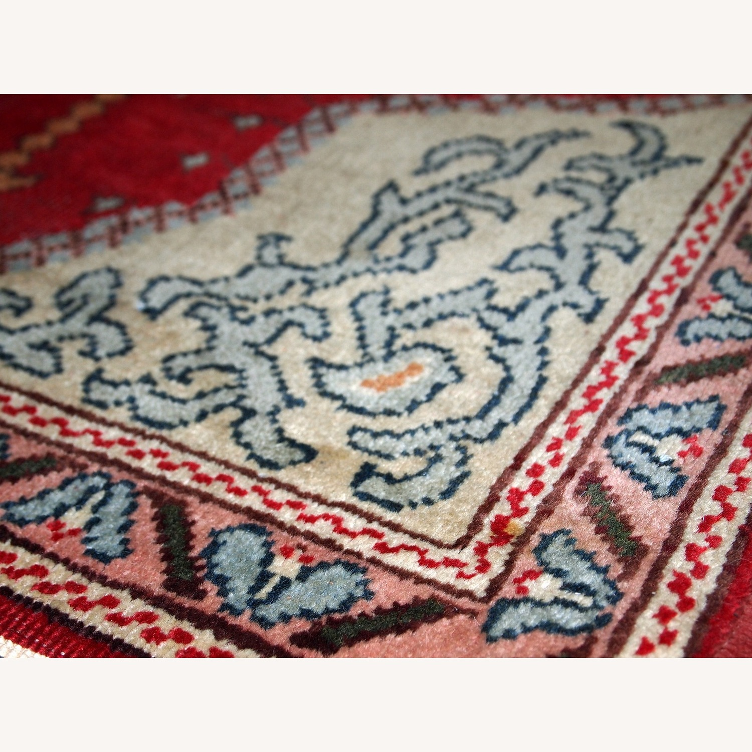 Handmade Antique Turkish Konya Rug - image-6