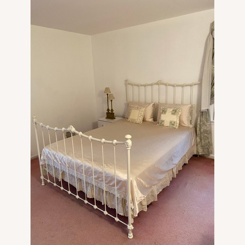 Used Fortunoff Collection White Bedframe for sale on AptDeco