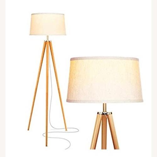 Used Stylish Mid Century Modern Tripod Floor Lamp for sale on AptDeco