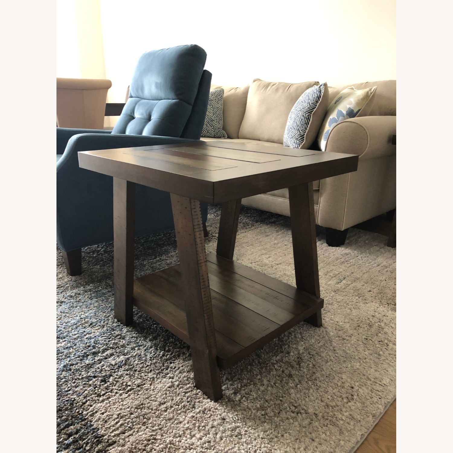 rooms to go end tables