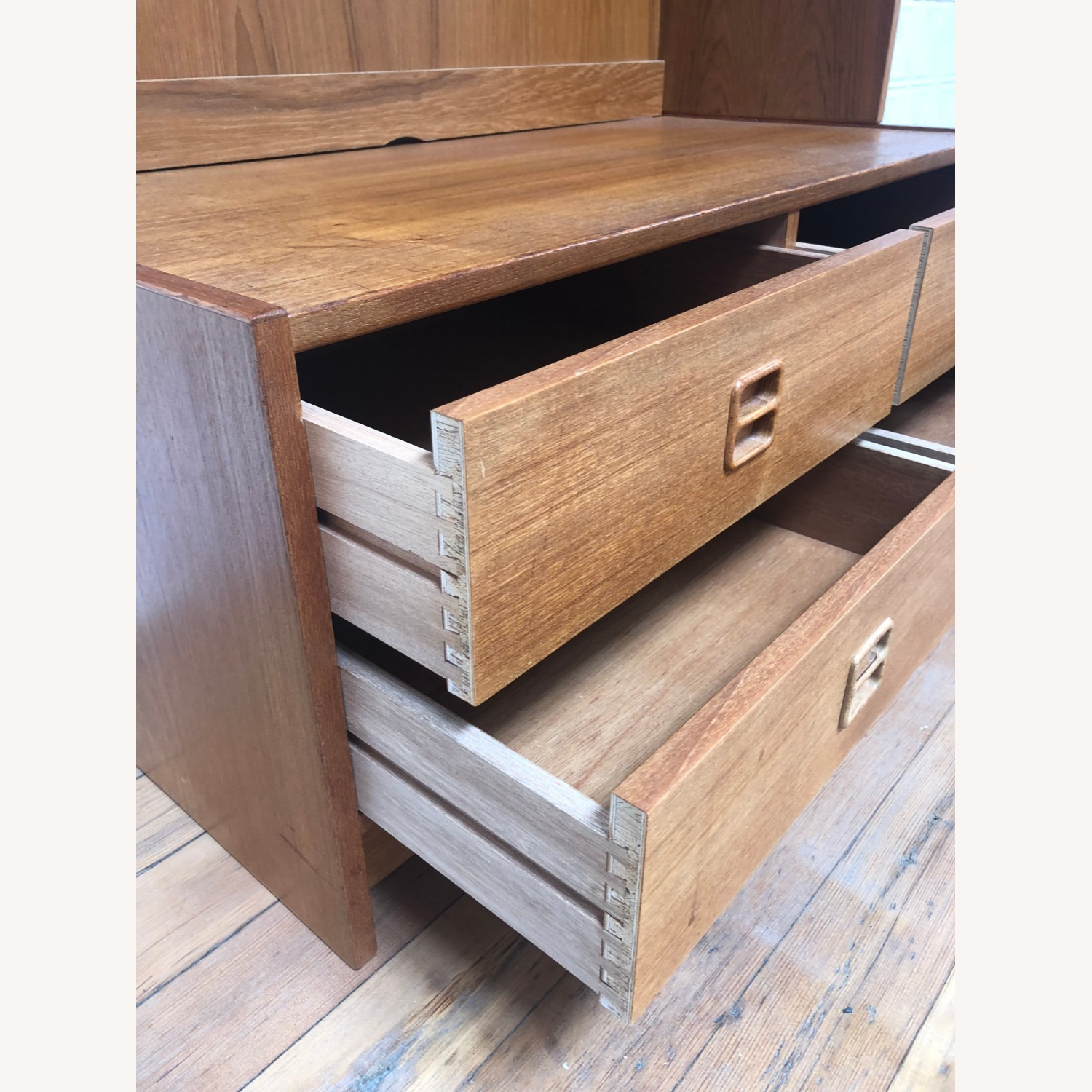 Danish Modern Shelving Unit with Four Drawers - image-11