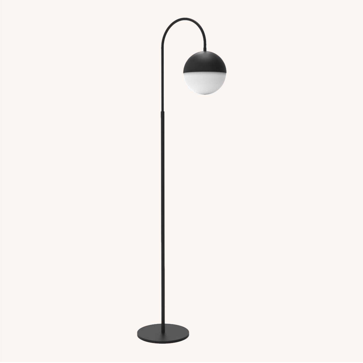Blueground Floor Lamp Black - image-0