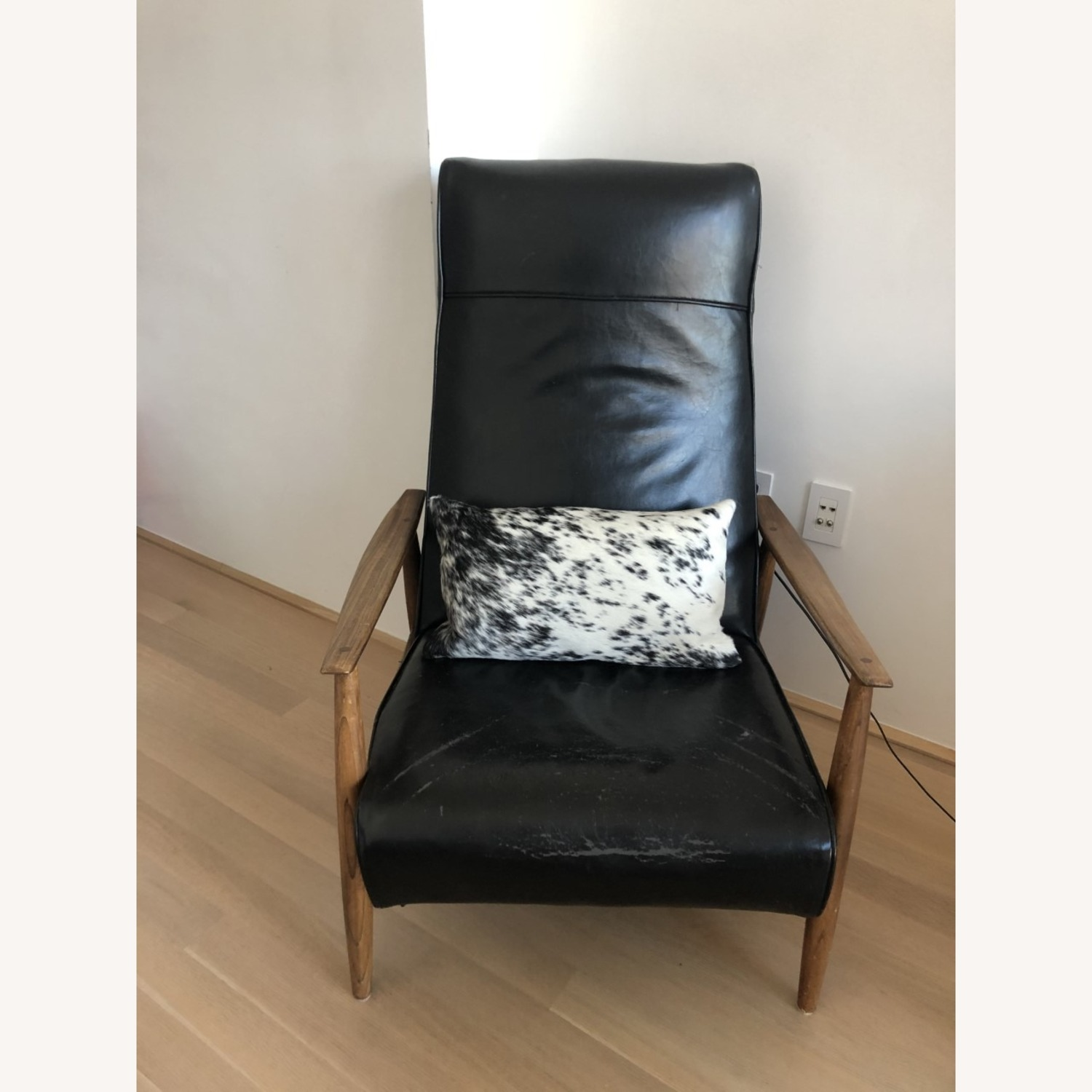 Design Within Reach Black Recliner - image-0