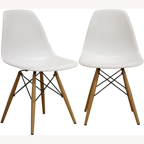 Used White Plastic Molded Side Chair Set of 2 for sale on AptDeco