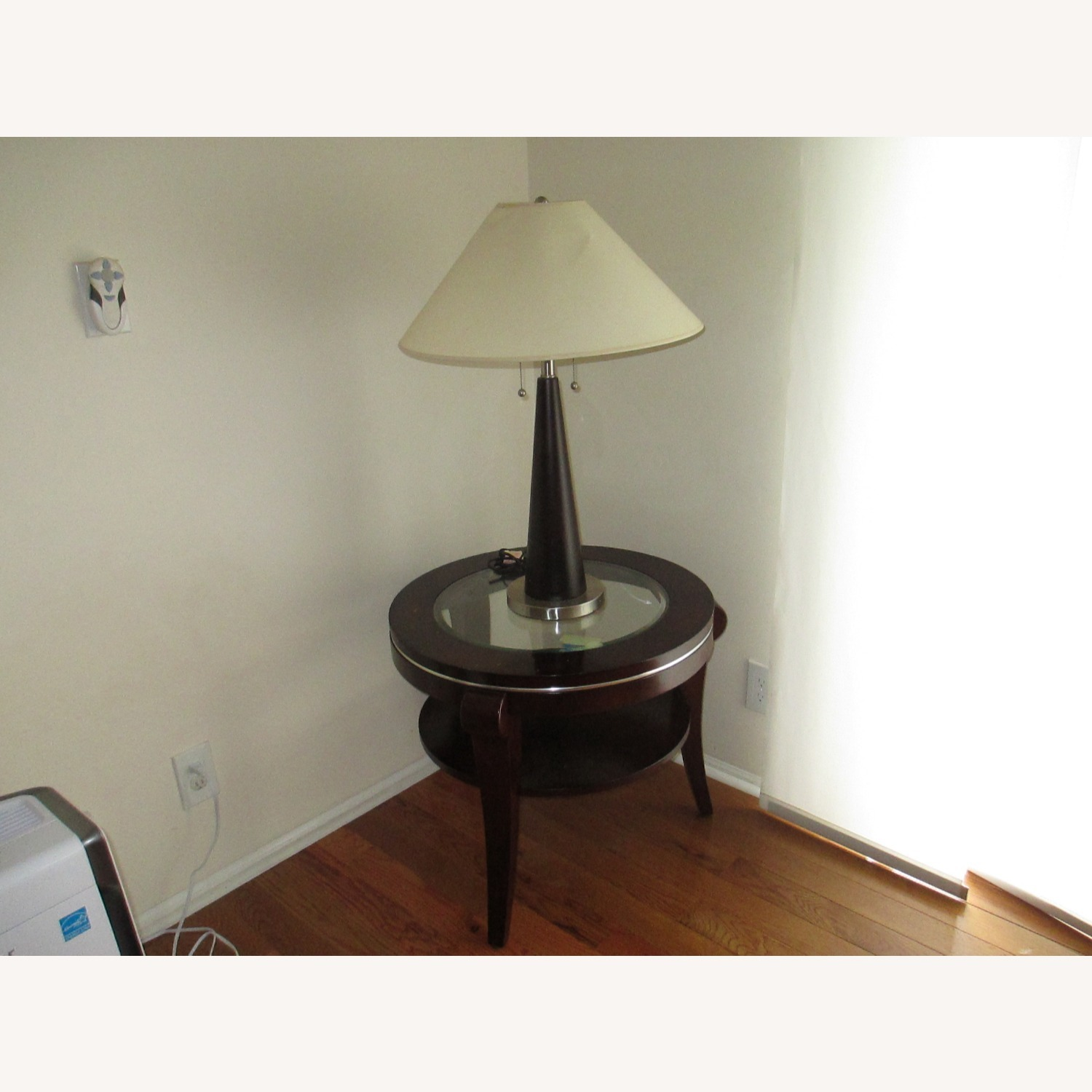 Identical Twin Side Table Lamps - image-2