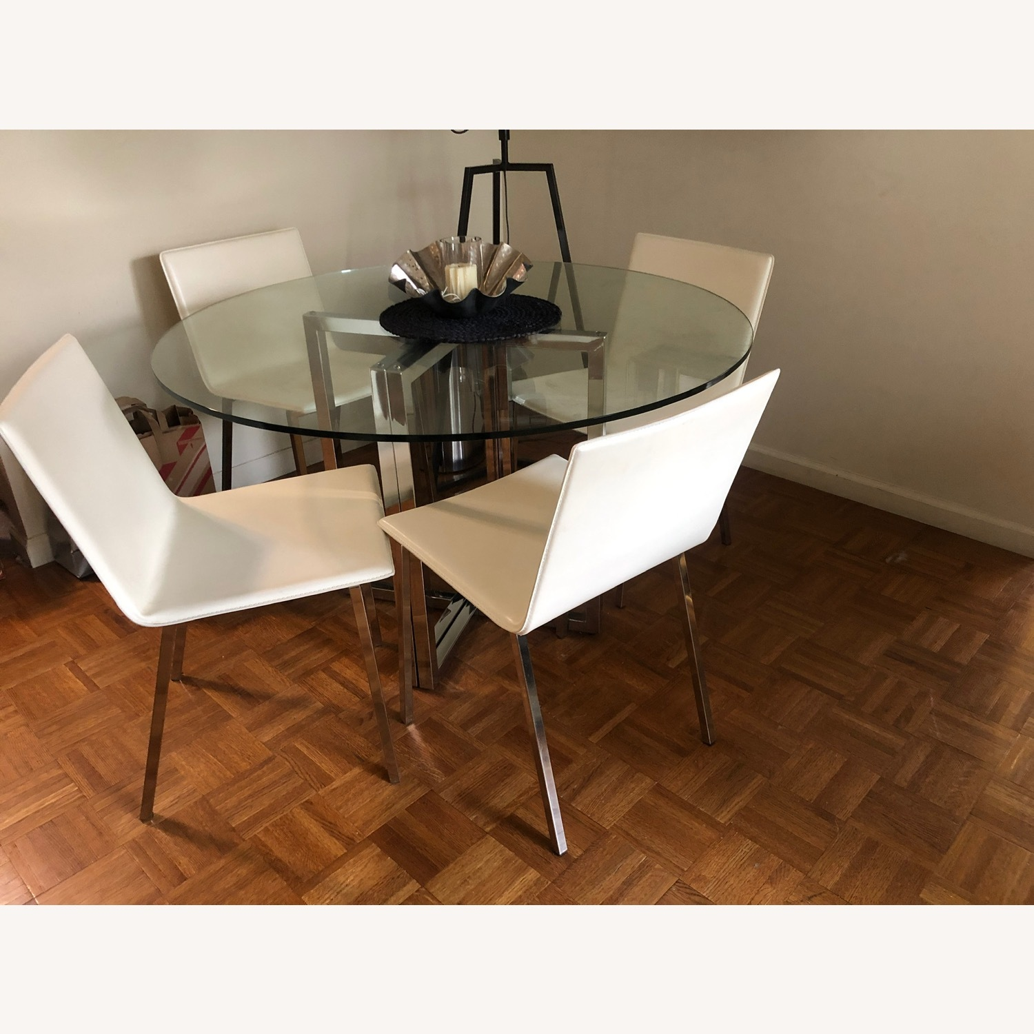 4 Ivory leather Dining chairs - image-1