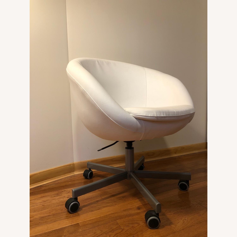 IKEA Skruvsta Swivel Chair - image-2