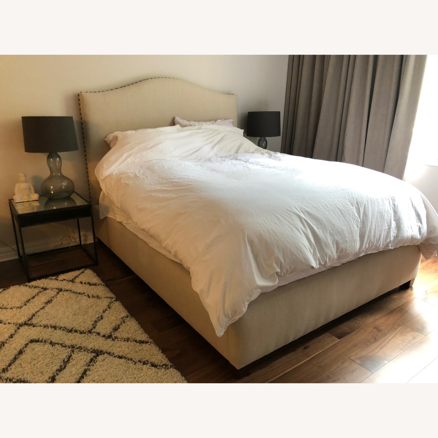 Pottery Barn Raleigh Upholstered Bed- Queen - image-1
