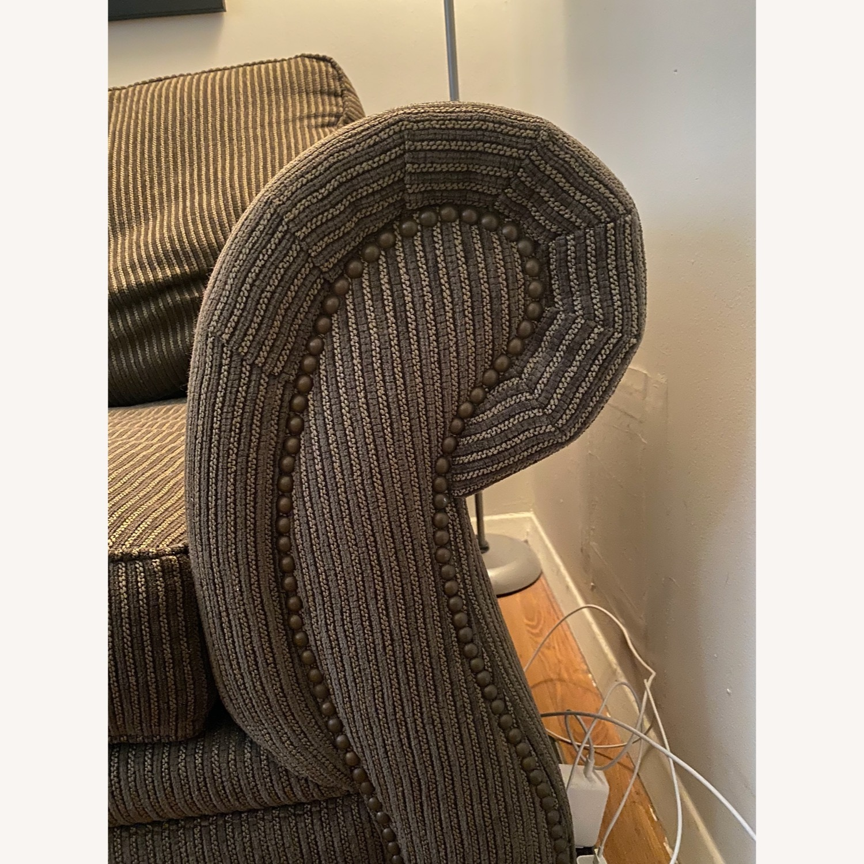 Broyhill Cassandra Queen Sleeper Sofa - image-3