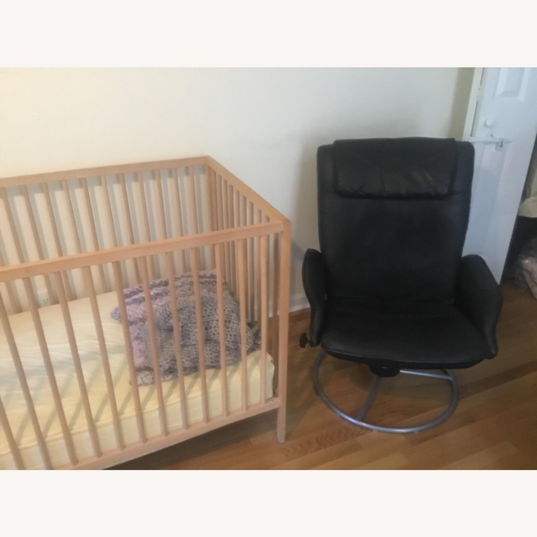 Blond Wood Crib - image-2