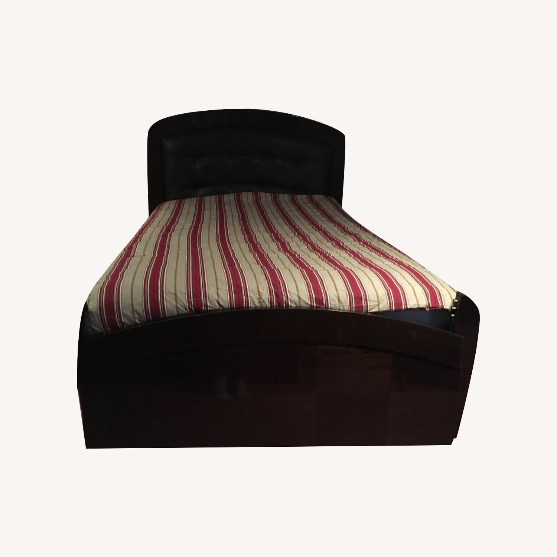 Huffman Koos Furniture Entire Bed frame - image-7