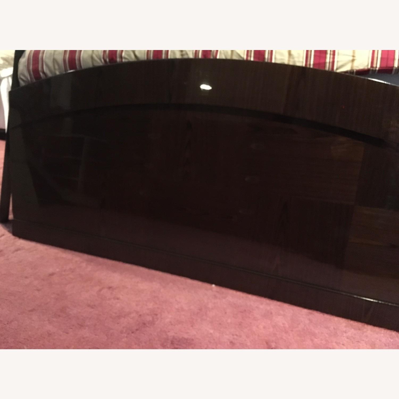 Huffman Koos Furniture Entire Bed frame - image-6
