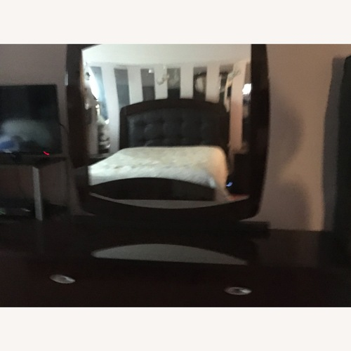 Used Large Drawer Mirror ONLY for sale on AptDeco