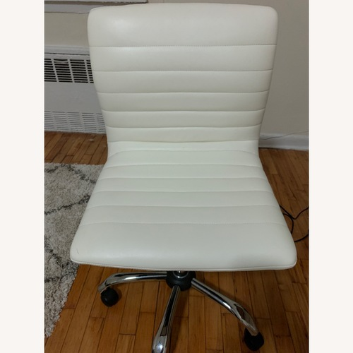 Used White Office Chair for sale on AptDeco