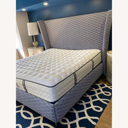 Used Custom Navy/White KING size headboard and frame for sale on AptDeco