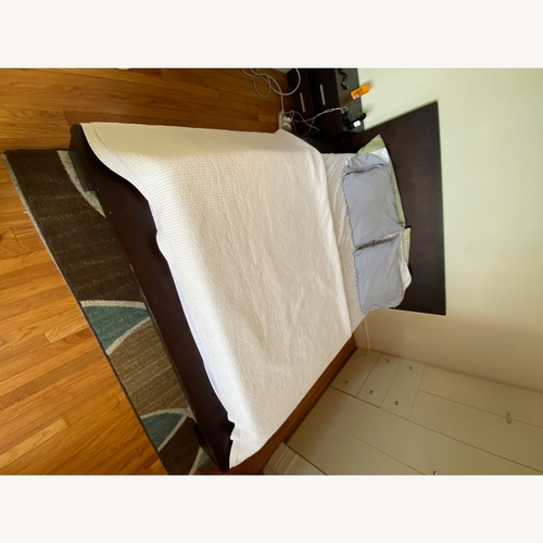 Used Star International Queen Bed for sale on AptDeco
